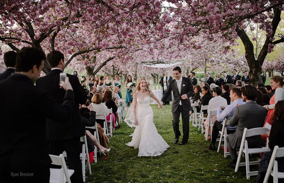 Top 10 most beautiful wedding places in the world for Beautiful gardens to get married in