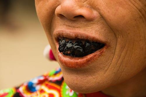 Unbelievable Taboo Rituals, Tooth-blackening lu of Vietnam