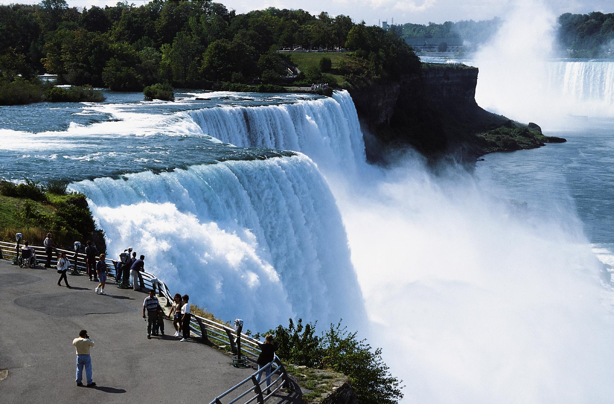 Top 10 Most Beautiful Tourist Attractions In The World