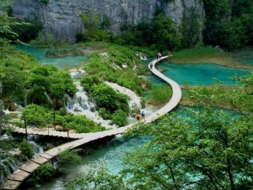 Top 10 Stunning Places - Plitvice Lakes National Park
