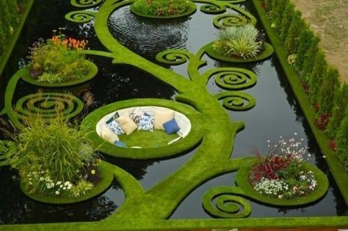 Top 10 Stunning Places - Sunken Alcove Garden, New Zealand