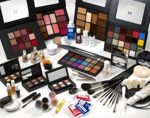 Best Christmas Gifts For Girls 2019 - cosmetics