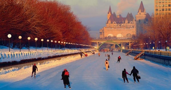 Top 10 most beautiful places in canada for Canadian cities to visit