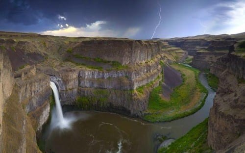 Most Beautiful Places To Visit In America - Palouse falls
