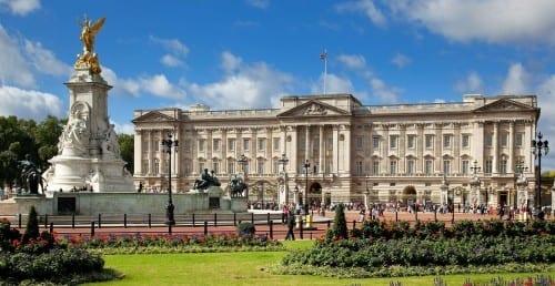 Top 10 Wonders Of United Kingdom - Buckingham Palace