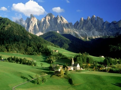 Most Beautiful Places To spend This Summer - Dolomites, Italy