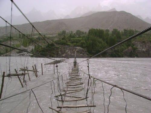 Most Dangerous Bridges In The World - Hussaini Hanging Bridge