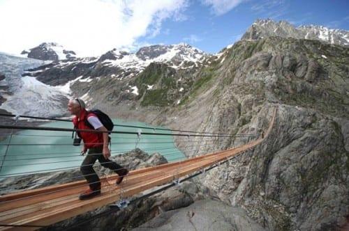 Most Dangerous Bridges In The World - Trift Suspension Bridge