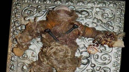 Freaky Dolls  - Voodoo Zombie Doll