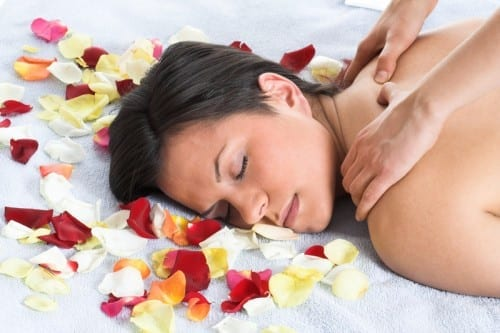 Natural Ways To Cure Headache  -  Aromatherapy