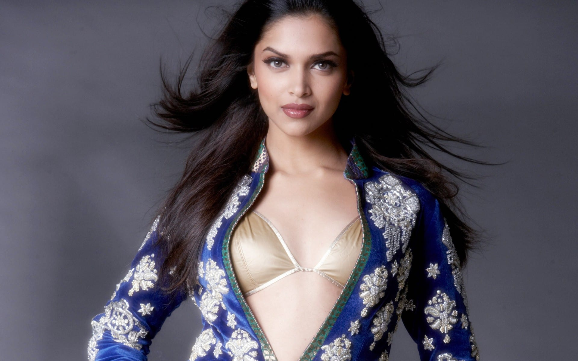 top 10 highest paid bollywood actresses in 2018