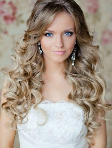 4.bridal curly hairstlye