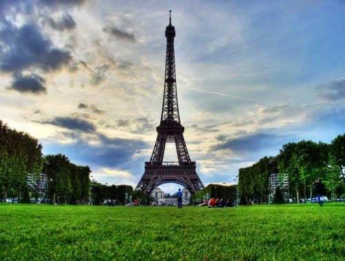 10 Most Weird Suicide Locations - Eiffel tower, France
