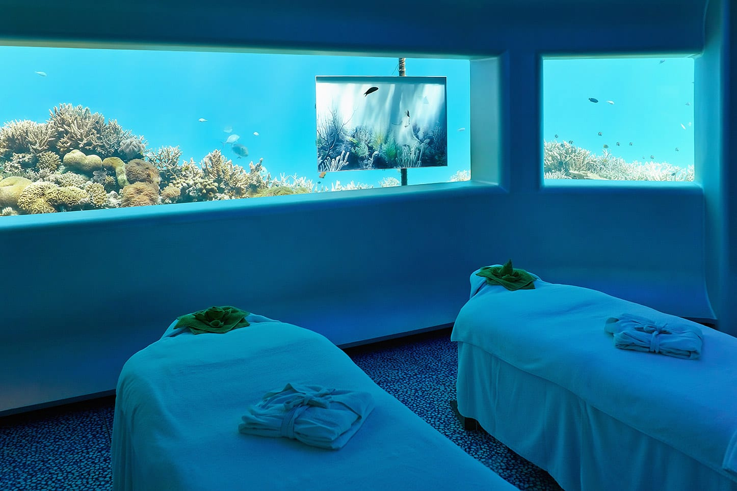 Image gallery hilton maldives underwater hotel for Maldivas hotel bajo el agua