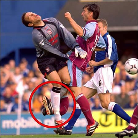 Worst Football Injuries - Luc Nilis