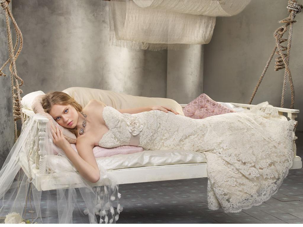 Top 10 Best Wedding Dress Designers In 2014