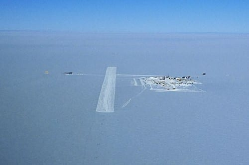 Most Dangerous Airports - Ice Runway, Antarctica