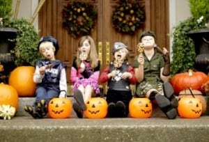 Top 10 Halloween Safety Tips For Kids - Manage Children