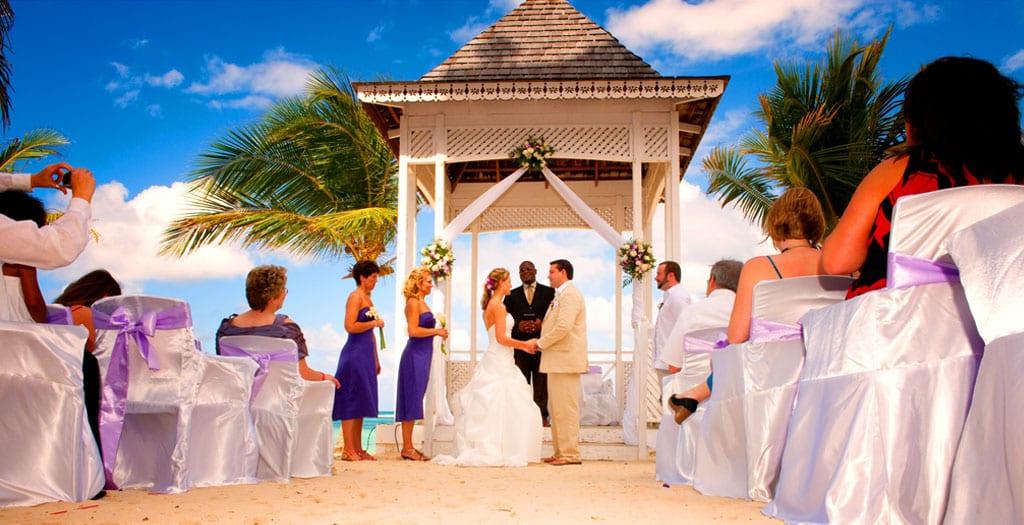 Canadian destination wedding