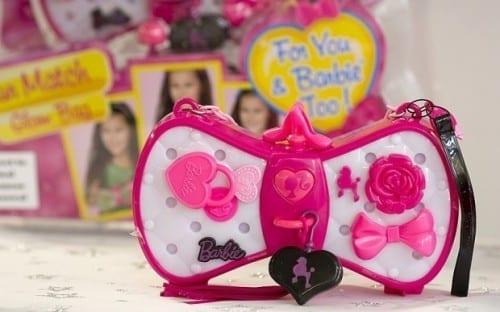 10 Best Christmas Gifts For Kids 2014 - Barbie Color Change Handbag