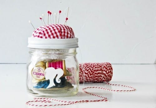 Best Homemade Christmas Gifts 2018 - Sewing Kit