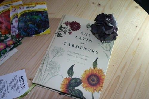 Best Gardening Books In 2020 - RHS Botany of Gardeners
