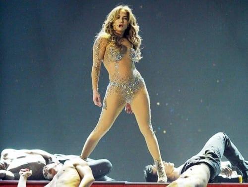 Most Popular Female Singers In 2020 - 1. Jennifer Lopez