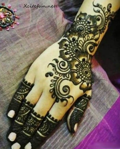 Most Beautiful Mehndi design 2015