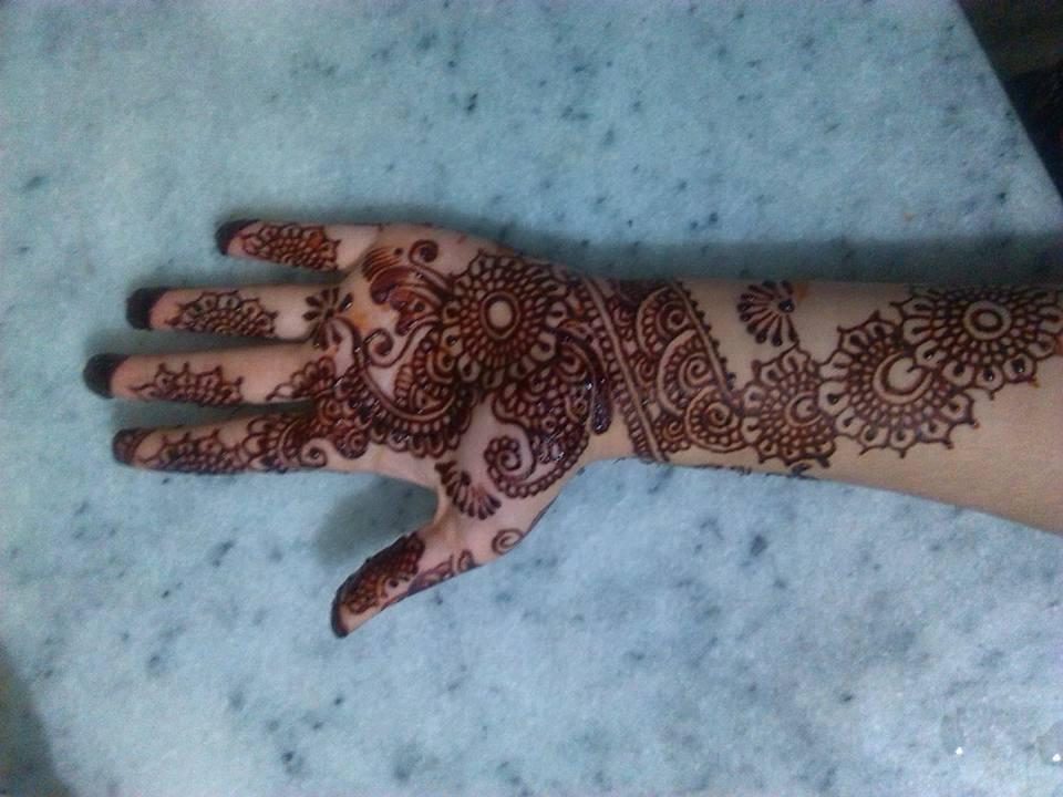 Putting Mehndi On Hands Games : Most beautiful mehndi designs